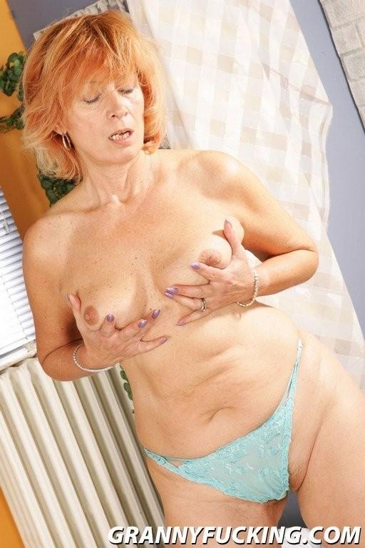 coco austin butt strand bikini – Femdom