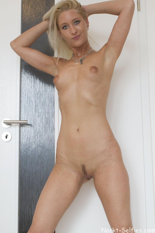 Frau nackt bild