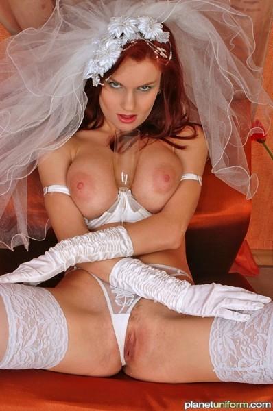 julia louis dreyfus nude pics – Pornostar