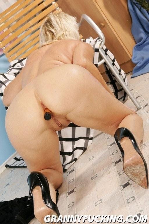 hot sexy vollbusige transen – Amateur