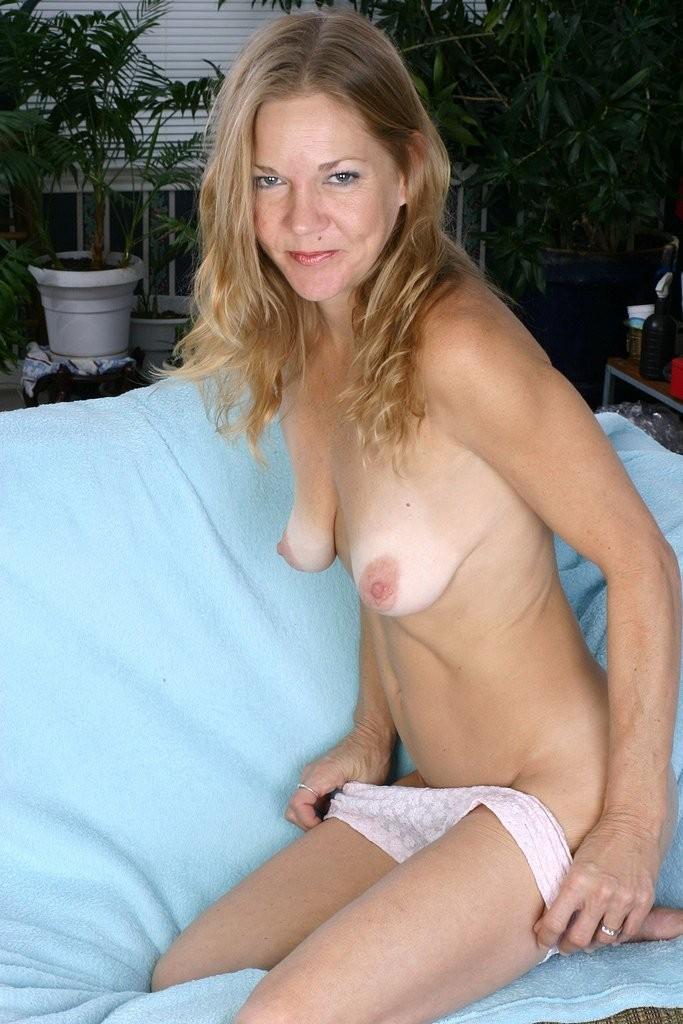 ashley greene celebrity gehackt nude – Femdom