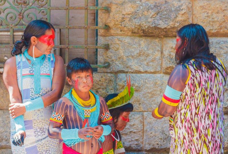 Junge brasilianische nudisten familie chyna