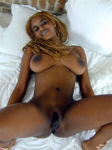 Frauen schwarze nackt bilder Schwarze Mädchen